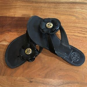TORY BURCH BREELY  Black PATENT LEATHER SANDALS